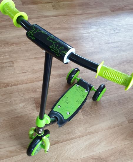 Tri Scooter